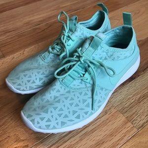 Mint Green Nike Sneakers